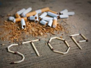 hívja fel a dohányzást